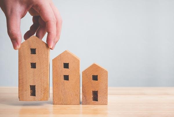 マンション価格は下がるのか?知っておくべき3つの事象 3つの住宅模型