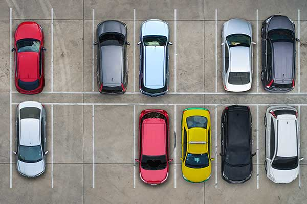 駐車場および駐輪場使用料
